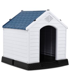 Giantex Plastic Waterproof Dog House *Fits Large Dogs with room to spare* for Sale in Troy, MI