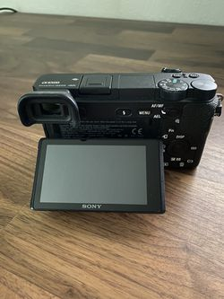 Sony A6500 Body Only + SD Card for Sale in Oregon City,  OR