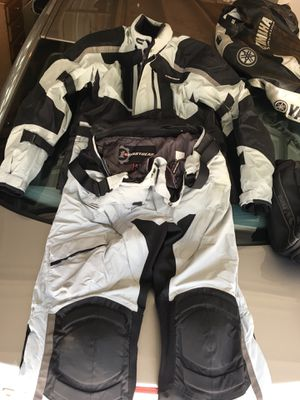 First gear motorcycle suit for Sale in Niles, IL