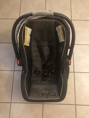 GRACO - Car Seat with cover for Sale in Brandon, FL