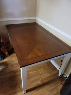 Dining room table w/4 chairs for Sale in Phoenix, AZ