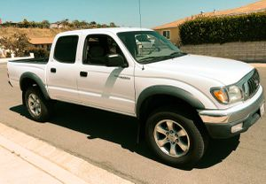 TOYOTA TACOMA 2003 VERY NICE for Sale in St. Petersburg, FL