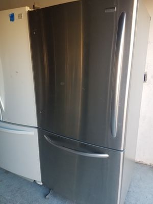 Kenmore bottom Freezer Refrigerator for Sale in San Leandro, CA