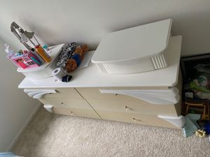 Dresser for Sale in Santa Ana, CA