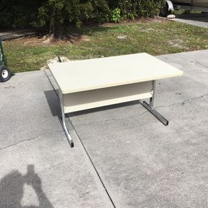 Computer Work Desk DELIVERY AVAILABLE for Sale in Bonita Springs, FL