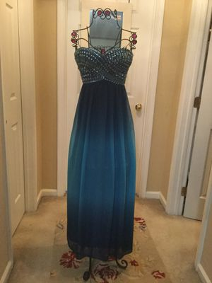 Beautiful formal dress size 1 for Sale in Bristow, VA