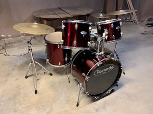 Mapex Drum Set for Sale in Deep River, CT
