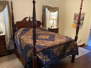 Beautiful Solid Cherry Queen 4 Poster Bed. for Sale in Gainesville, FL
