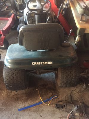 Craftsman lawn mower for Sale in Lake Wales, FL