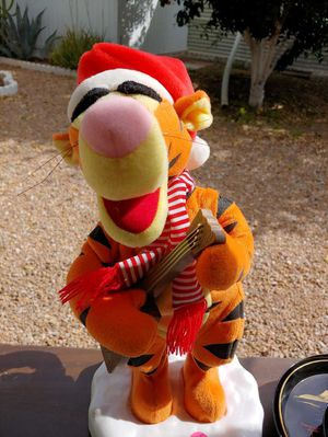 Christmas signing tigger for Sale in Fort McDowell, AZ