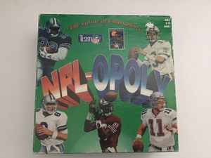 Vintage 1994 NFL-OPOLY Board Game! Highly collectible and COMPLETE! for Sale in Visalia, CA