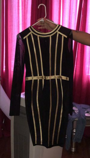 Black and gold dress for Sale in Sharon Hill, PA