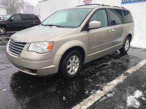 2009 Chrysler Town & Country Touring Mini Van for Sale in Clinton Township, MI
