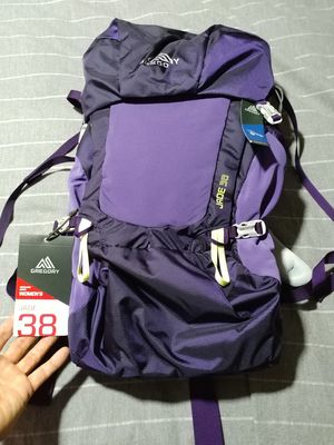 Gregory Jade 38 hiking backpack new. for Sale in Miami, FL