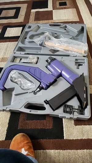 Floor stapler for Sale in Las Vegas, NV