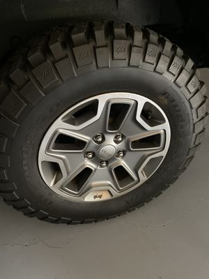 Jeep Rubicon Wheels & Tires - new for Sale in Roswell, GA