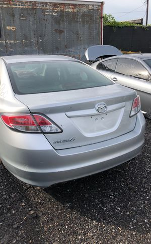 Selling parts for a silver Mazda 6 for Sale in Warren, MI