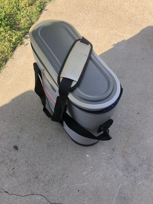 Ozark Trail soft shell waterproof cooler for Sale in Tracy, CA