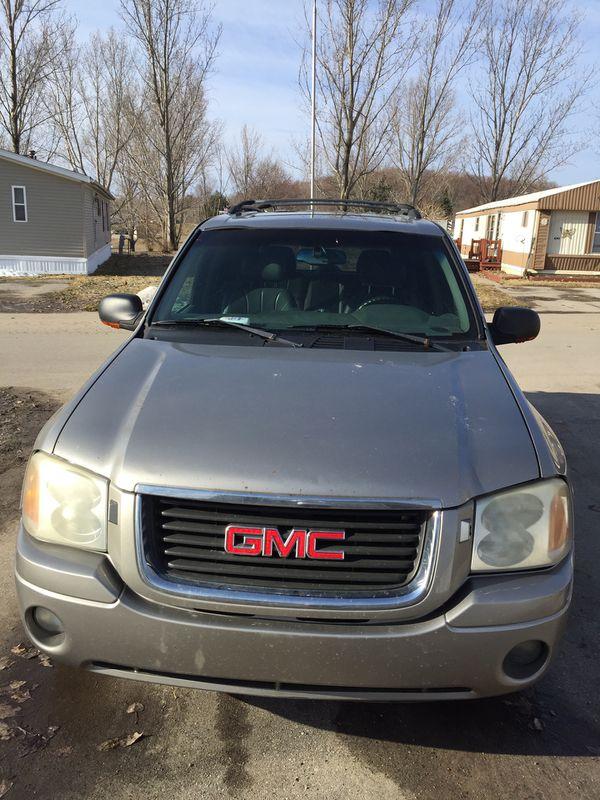 GMC Envoy 2002 Silver
