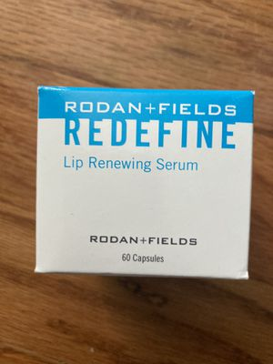 Rodan + Fields lip serum for Sale in Mukilteo, WA