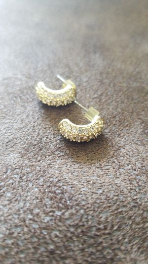 Gold & Diamond Earrings for Sale in Nashua, NH