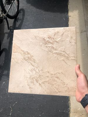 Kitchen/bathroom Tiles 4.5 boxes about 90 pieces for Sale in Mokena, IL