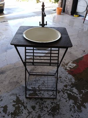 Metal vintage looking sink and magazine rack for Sale in Victorville, CA