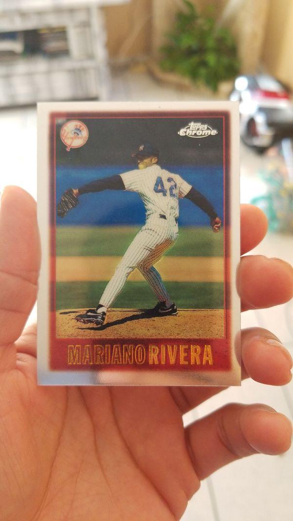 Mariano Rivera Baseball Topps Card