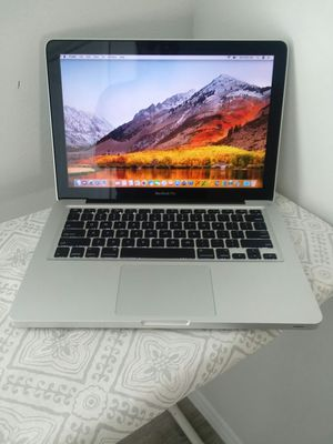 MacBook Pro 13-inch, Early 2011 Laptop.TODAY DEAL!!!. for Sale in Richmond, TX