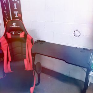 Brand New Gaming Chair And Table for Sale in Compton, CA