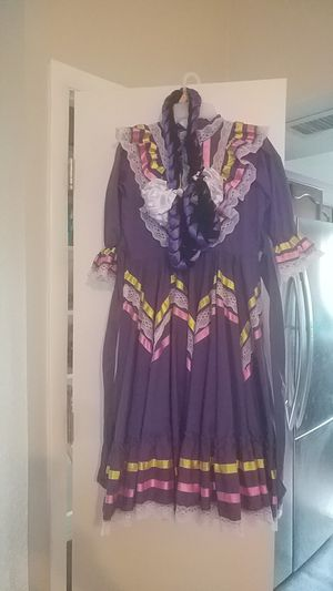 opolklorico Jalisco Dress! Purple..fits a child who is a size clothing of 5 to 8....double skirt...my daughter has outgrown. for Sale in Chandler, AZ