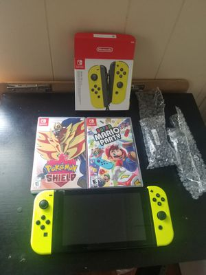 Nintendo Switch with 2 games and 4 controllers for Sale in Christiana, PA