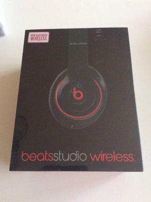 Beatsstudio wireless for Sale in Hyattsville, MD
