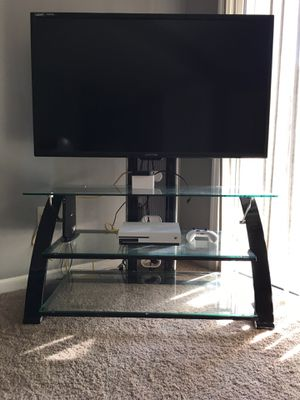 Led tv and Apple TV for Sale in Parkesburg, PA