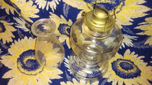 VINTAGE OIL LAMP for Sale in Martinsburg, WV