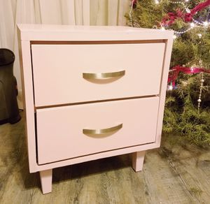 MCM pink nightstand for Sale in Fresno, CA