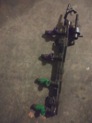 In line 4 injectors and injector rail for Sale in Apache Junction, AZ