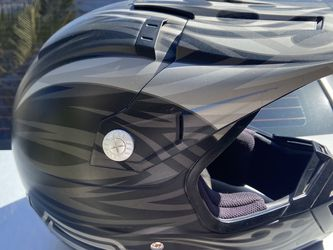 Motorcycle helmet adult small AGENT for Sale in La Palma,  CA