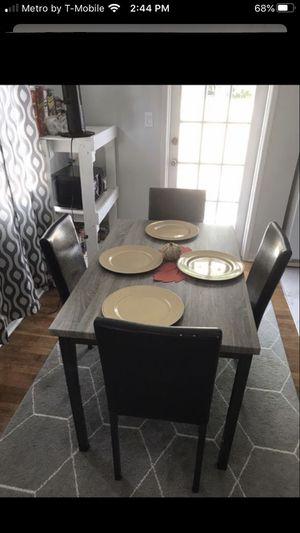 Dining room table for Sale in Boynton Beach, FL