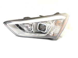 2013 2014 2015 HYUNDAI SANTA FE HEADLIGHT DRIVER LEFT LAMP HID XENON 92101-4Z for Sale in Dallas, TX
