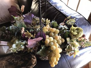 Artificial flower arrangement for Sale in Fresno, CA