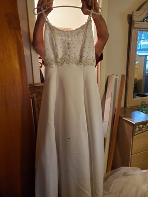 Beautiful wedding dress for Sale in Lake Alfred, FL