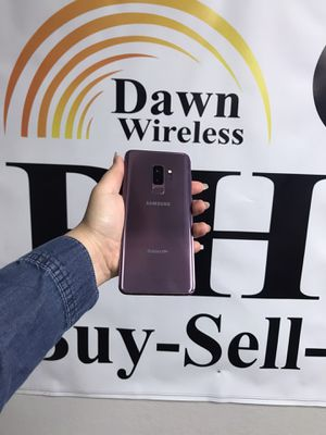 Samsung Galaxy s9+ UNLOCKED FOR ALL CARRIERS for Sale in Dallas, TX