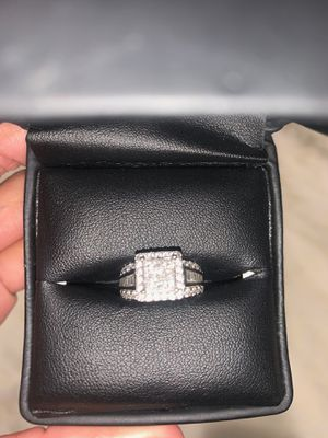 Engagement ring for Sale in Lakewood, CA