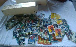 Baseball Cards 70's 80's 90's Topps Frank Thomas Ken Griffey Jr Ricky Henderson & More! for Sale in Auburndale, FL