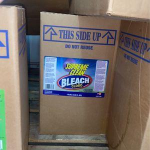 5 gallon bleach for Sale in Miami, FL