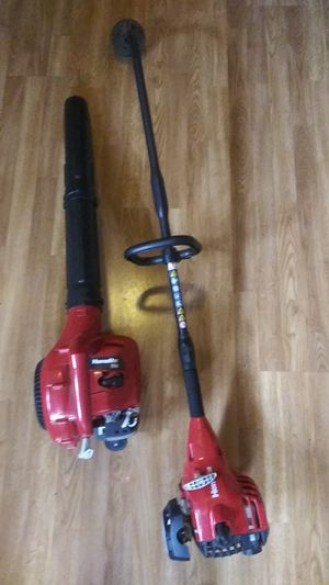 Homelite gas powered weed eater + blower combo practically brand new for Sale in Seminole, FL