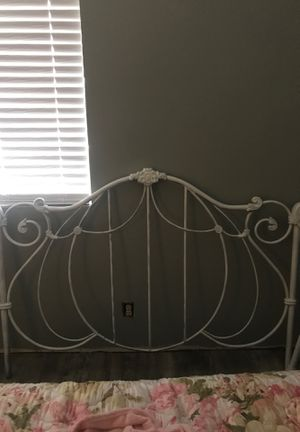 Queen Full bed frame with rails for Sale in Heber, AZ