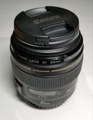 Canon EF 85mm f/1.8 w/ FLD Filter for Sale in Federal Way, WA