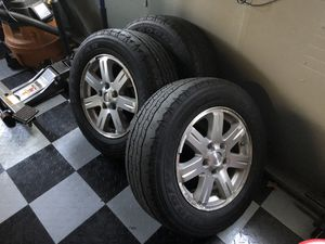 Jeep wheels good tread left. Have tmps in all 4. for Sale in Nashua, NH